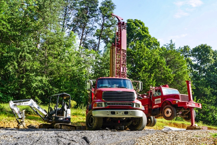 well drilling trucks drilling a well in east Tennessee